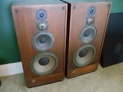 McIntosh Home Audio XR-16 Stereo 4 Way Tower Speakers Early